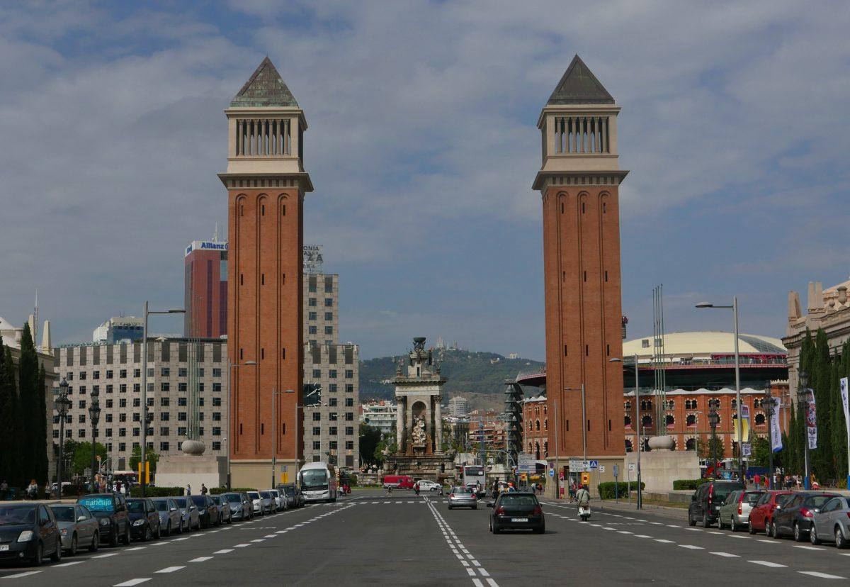 Venetian Towers Travel with Anda